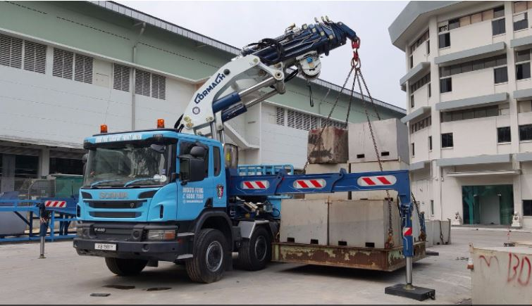 Woon Fong Transport PTE LTD – Lorry Crane Call 65587558 now